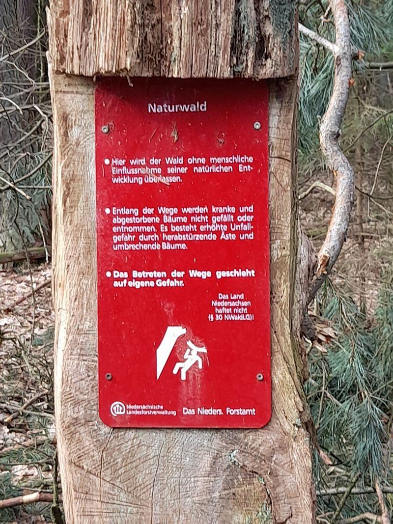 Schild Naturwald